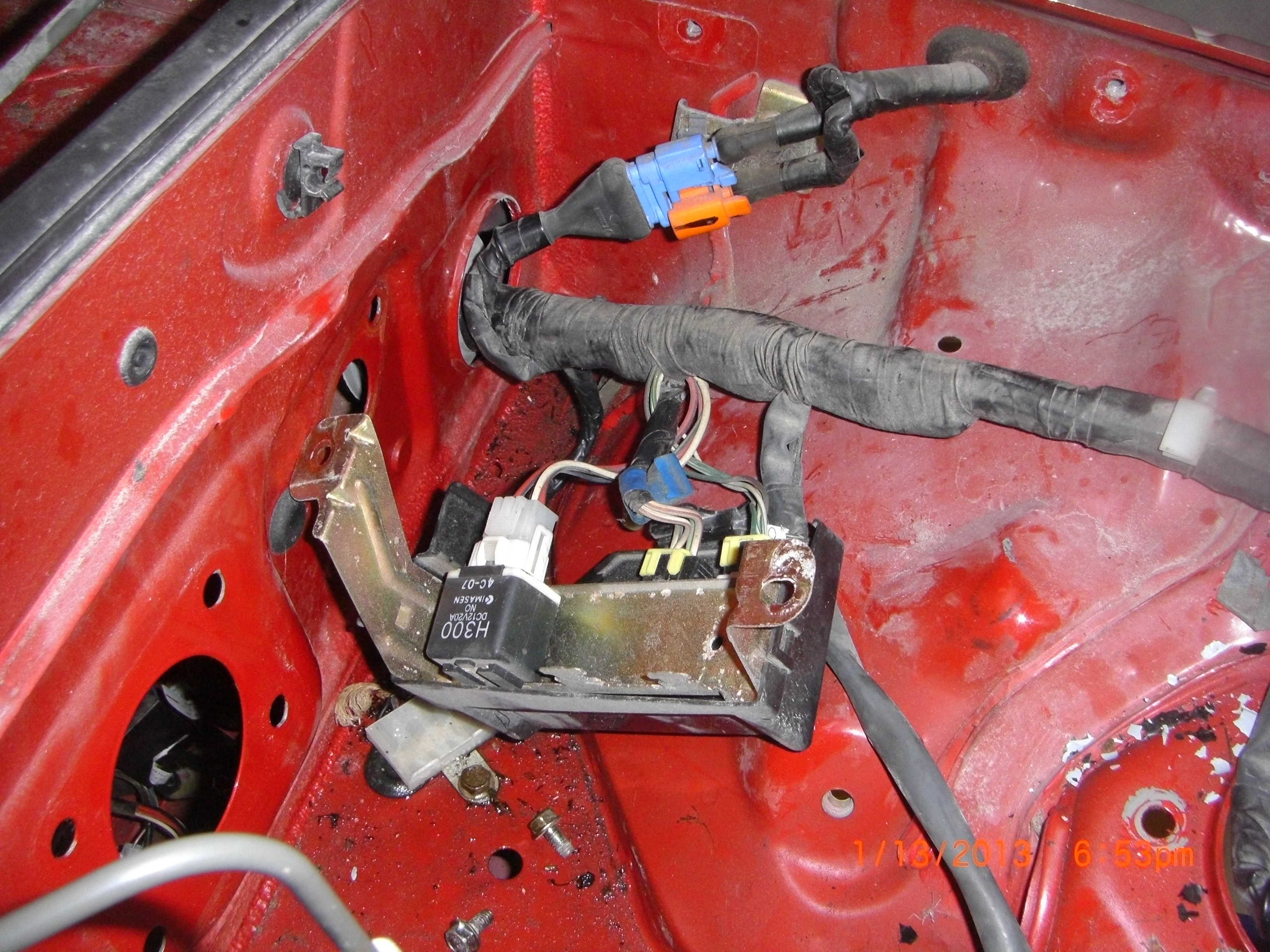 H012 removing miata donor parts 5 of 9,how do you remove a miata wire miata wiring harness removal at pacquiaovsvargaslive.co